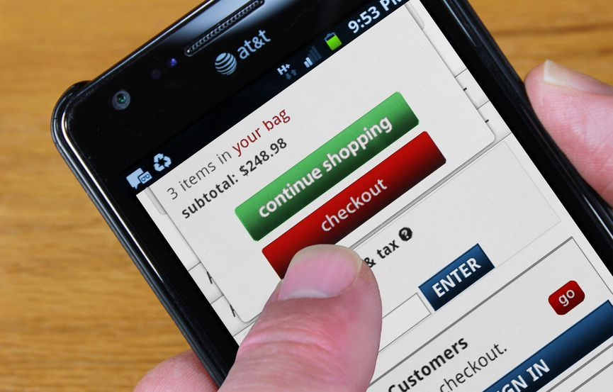 Uncluttered mobile eCommerce payment processing
