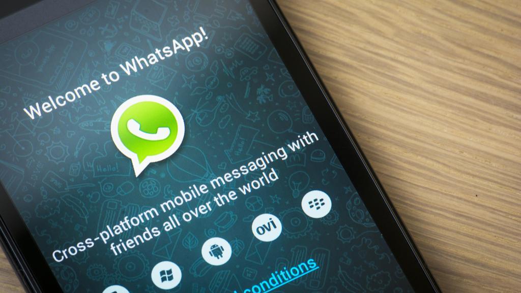 Major Brands Break Into Messaging App Marketing