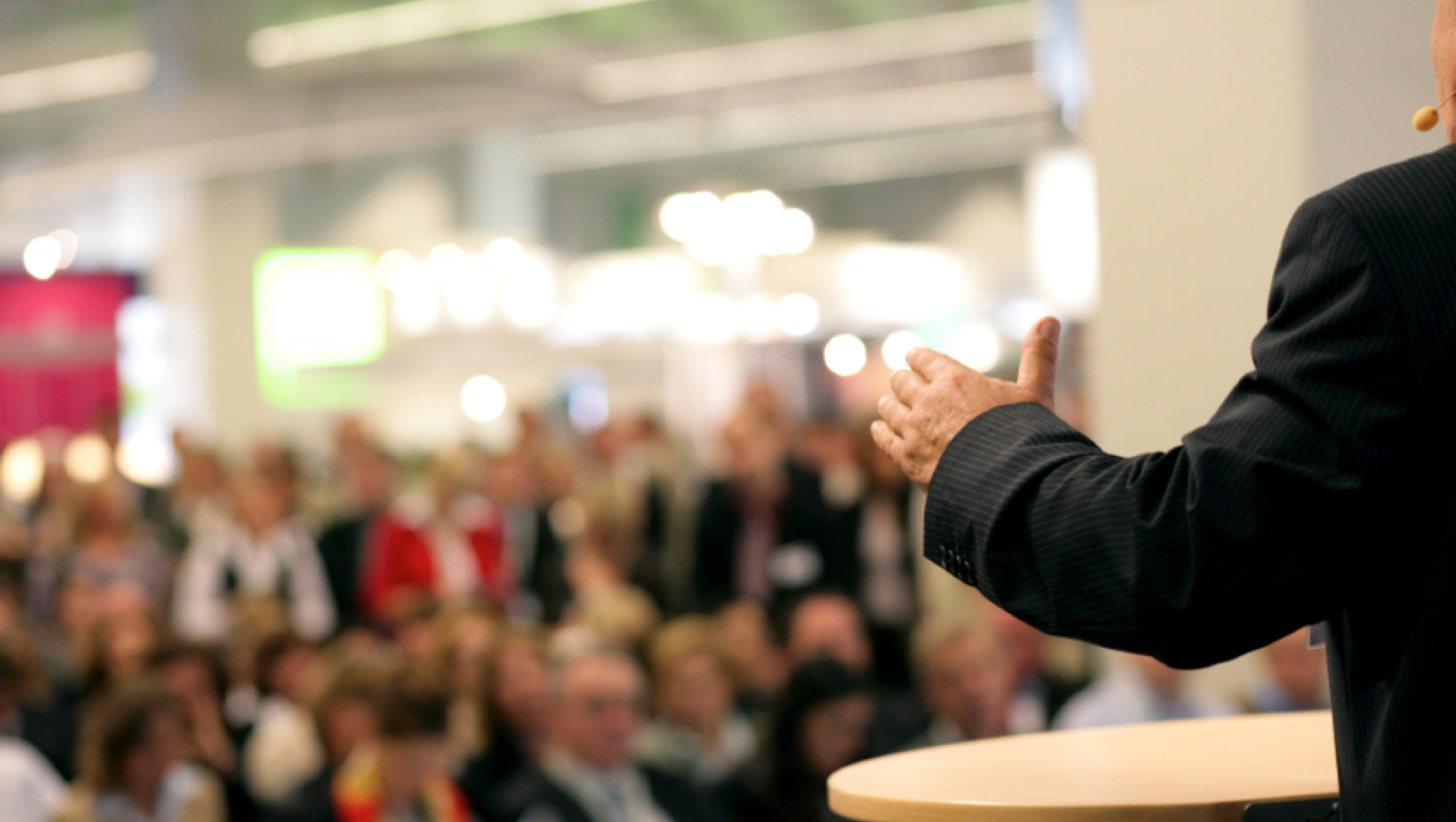 Learn to Persuade Your Customers with Powerful Communication
