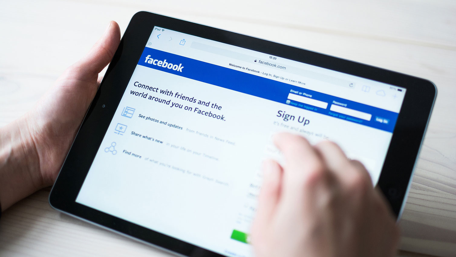 Why You Should Be Posting to Facebook on the Weekends